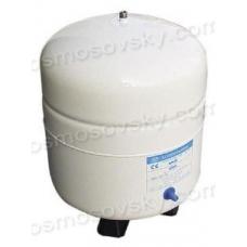 PA-E RO-132 accumulator in a reverse osmosis system
