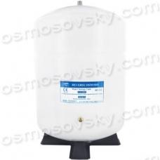 PA-E RO-122 accumulator in a reverse osmosis system